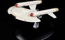 Intrepid-class Starship United Earth Starfleet, UES Intrepid , w/Magazine