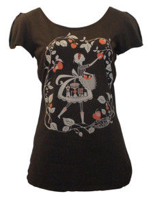 Dark brown red white flutter sleeve apple picking girl tshirt top tee