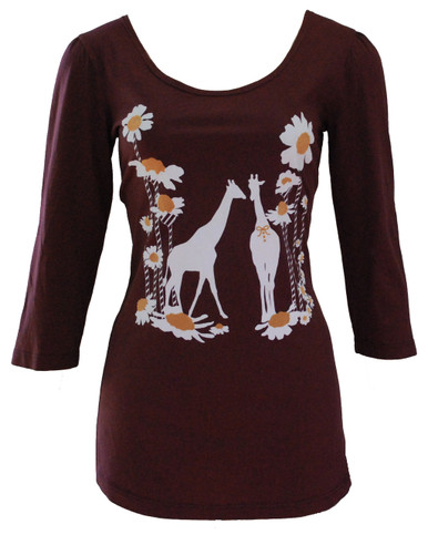Brown giraffe daisy flower print graphic scoop neck 3/4 sleeve cotton tee top