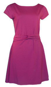Mulberry pink purple solid knee length short sleeve belted knit dress