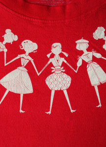 Red white paper dolls short sleeve t-shirt