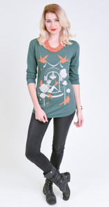 Women's emerald green scoop neck graphic tshirt top