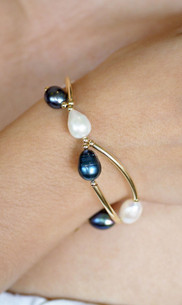 Pacific Pearl & Gold Bracelet  JFGB14