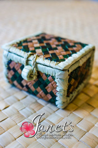 Small Pandanus Gift Box CW46-S