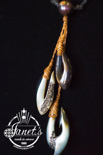Triple Pearl Shell Hooks BRPS237