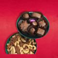 Milk Chocolate Samplette & Salted Nuts