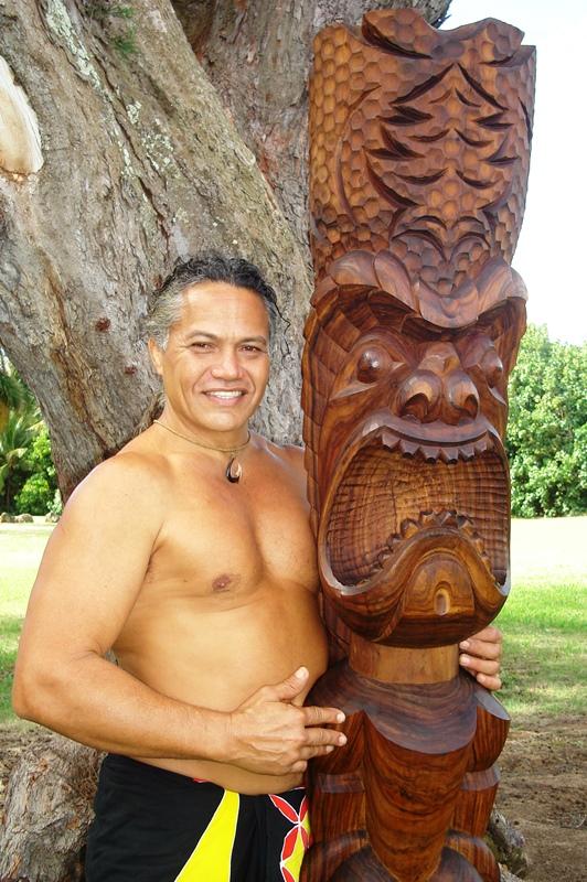 midweek-kauai-by-coco-zickos-lg-tiki-small.jpg