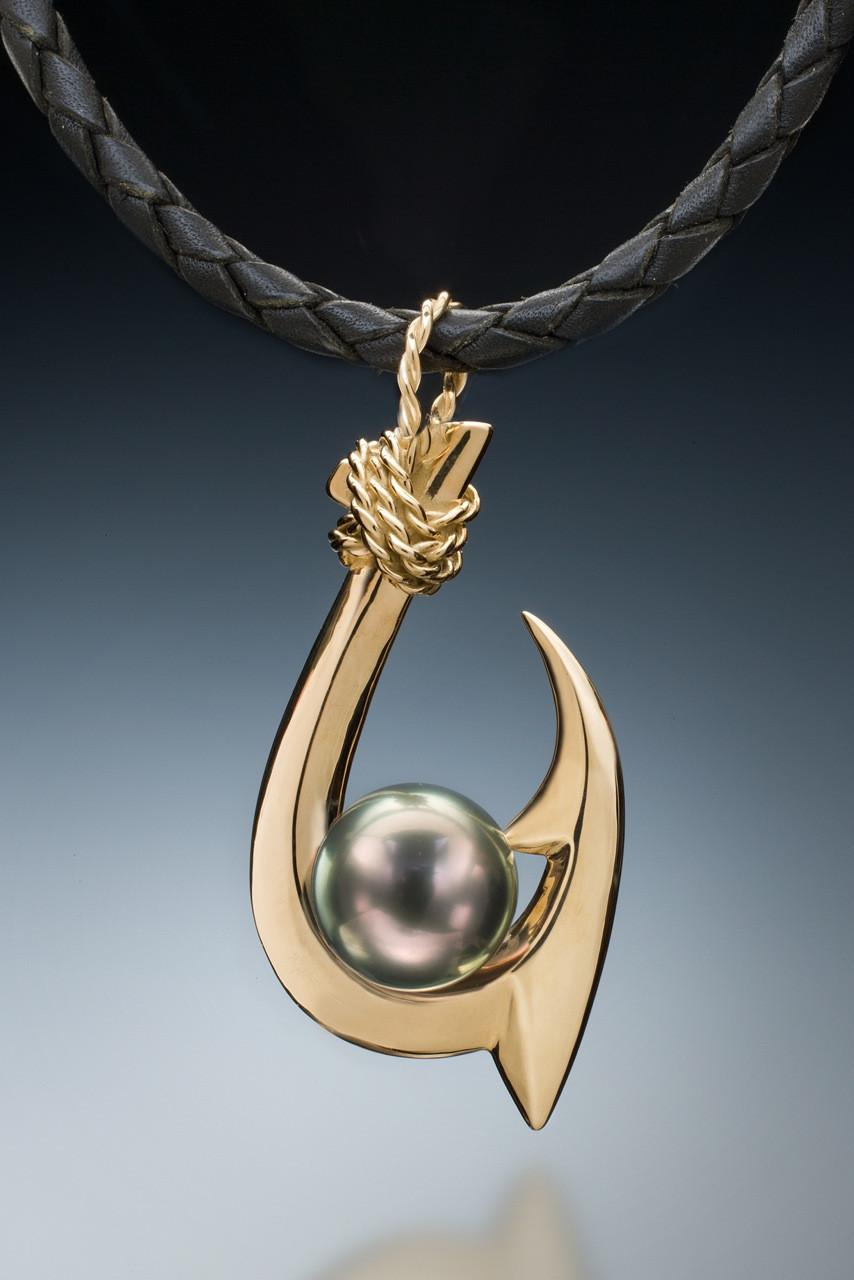 double barb kauai style tahitian pearl pendant in 18k