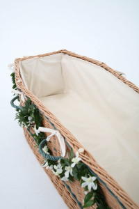 Interior Cotton Coffin Liner included in each English coffin