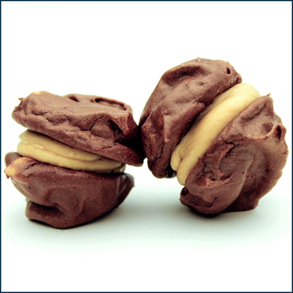 Chocolate Brownie Meringue Cake With Raspberry Cream   Short News ...
