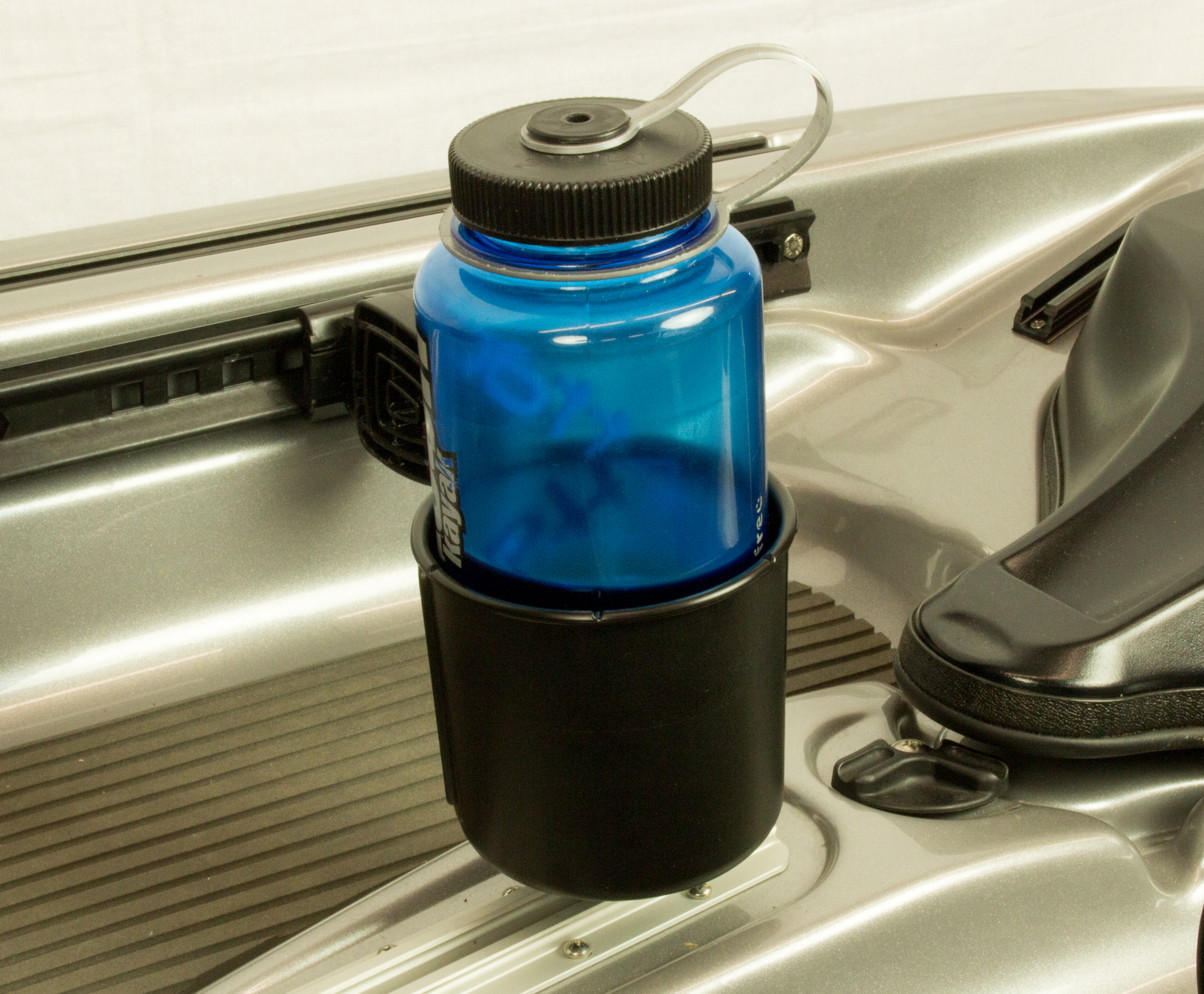 yakattack-multimount-cup-holder-nalgene-bottle-sso-1001-2.jpg