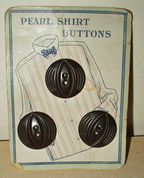 Vintage 1900 1920 3 Brown Pearl Shirt Buttons On Original Card