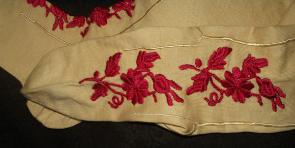 Victorian Hand Embroidery Cotton Stockings Balbriggan Irish Wedding Hosiery