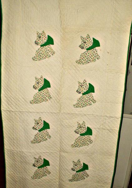 Vintage 1930s Depression Scottie Dog Applique Crib Quilt