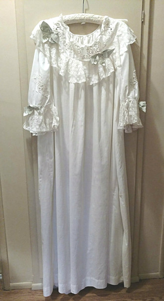 1900 Victorian Trousseau Night Gown Valenciennes Lace Batiste Cotton