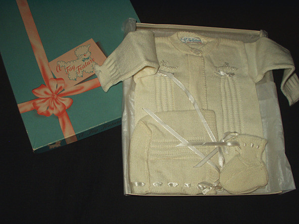 Vintage Boxed Baby Sweater Bootie Set Original Box 1940 1950