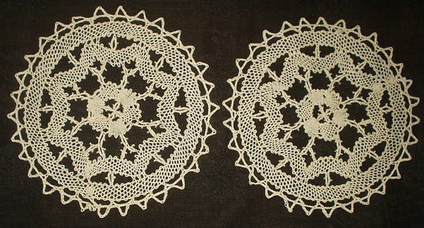 Two Hand Bobbin Lace 8 Inch Antique Vintage 1920's Round Table Doily