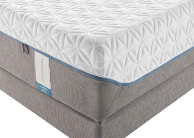 Tempur-Cloud Supreme Mattress and Boxspring corner photo