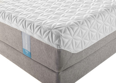 Tempur-Cloud Prima corner photo of mattress and boxspring