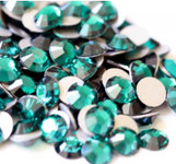 Emerald --- SS16 144 pcs ---  Crystal Flatback Rhinestone #2028  ---  lovekitty