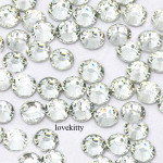 Clear ---  6mm 50 pcs--- Rhinestones Round Flat back 14-facet ( High Quality ) --- lovekitty