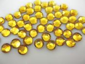 Gold  --- 6mm 50pcs --- Rhinestones Round Flat back 14-facet ( High Quality ) --- lovekitty