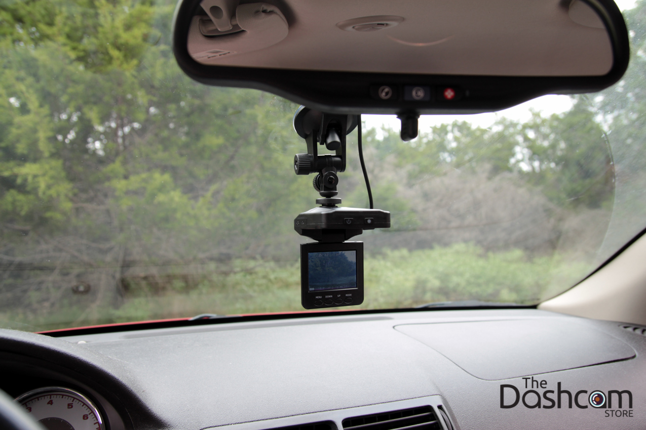 DVR-207GS dashcam installed in car