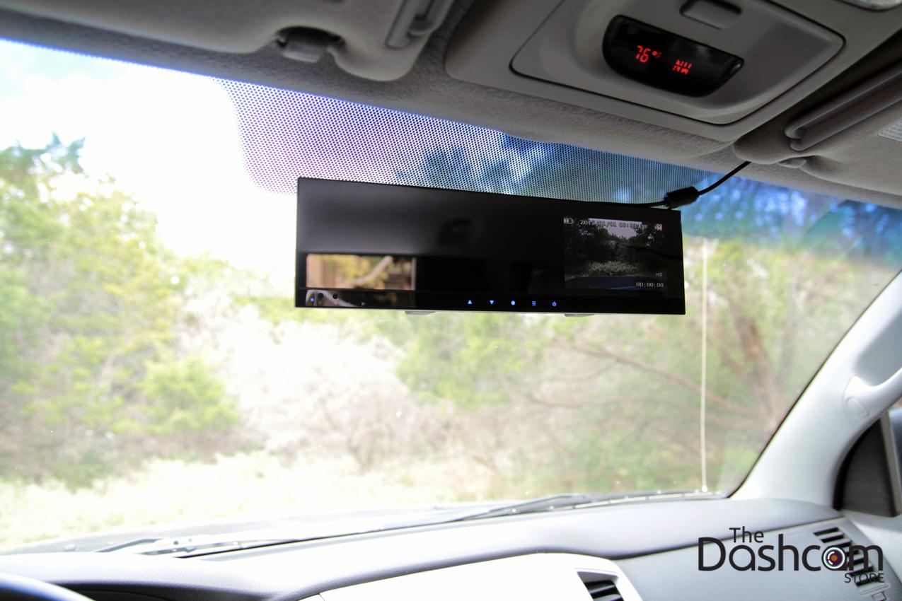 DVR-VC100 dashcam installed in car