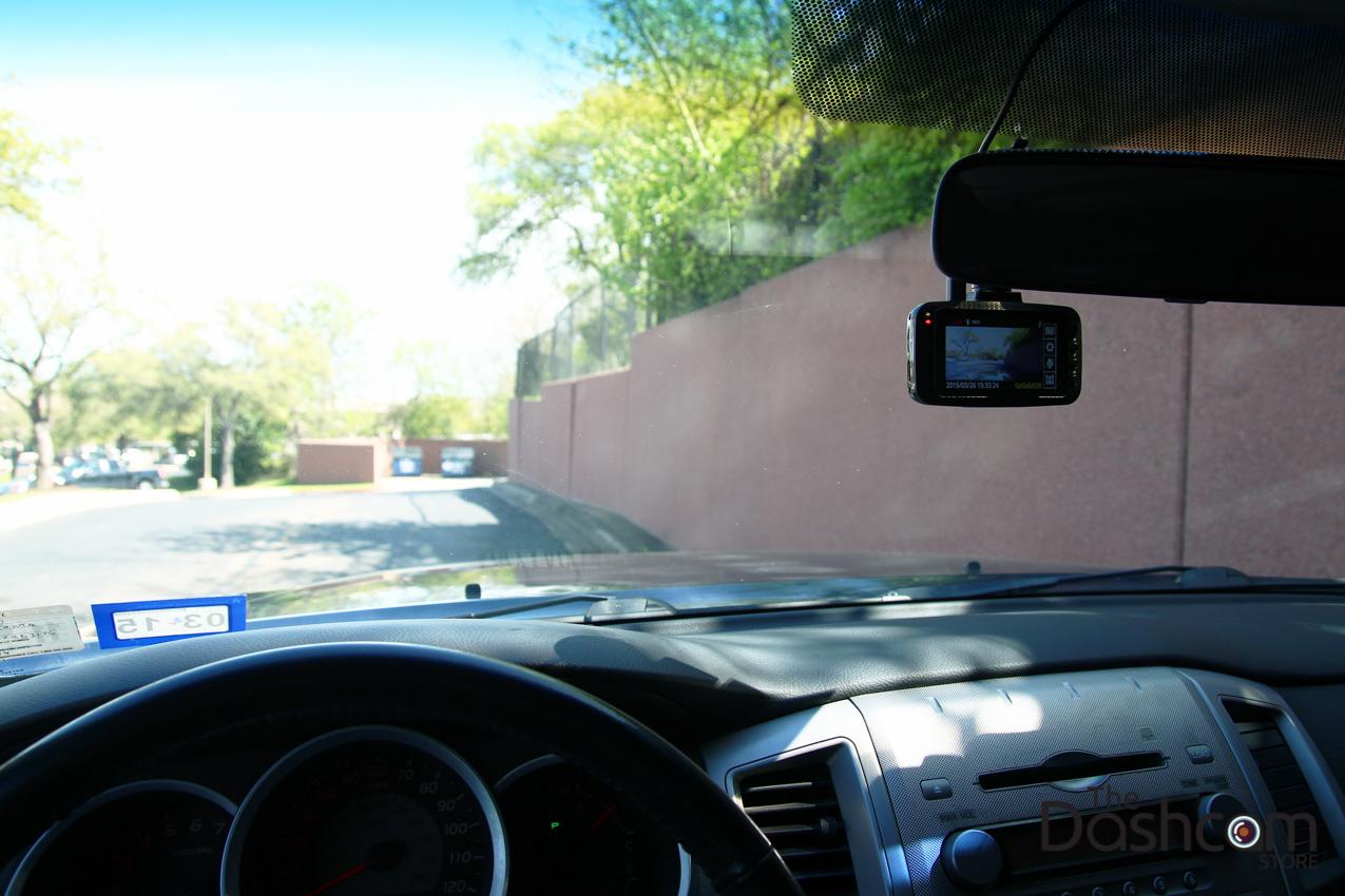 Papago GoSafe 520 in-car image