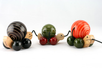 Ma-Me-Pa Handcrafted Wooden Pull Toy (Orange, Green, Brown)