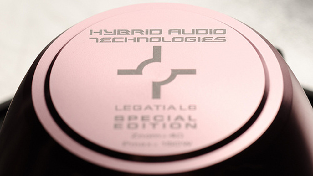 Legatia L6SE Carbon Speaker Set