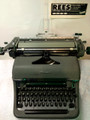 Vintage 1970 Olympia De Luxe SG1 Cubic Manual Typewriter
