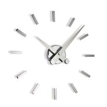 Puntos Suspensivos Clock