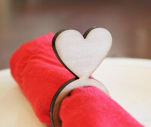 heart wood napkin ring