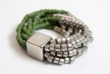 Stretchy Bracelet w/Glass & Metalicized Beads