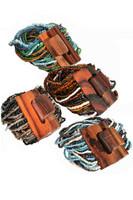 Bead Bracelet w/Wooden Clasp