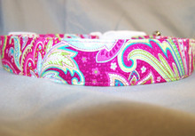 Raspberry Paisley Swirl Dog Collar