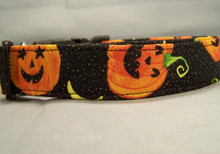 Glittering Pumpkins on Black Halloween Dog Collar
