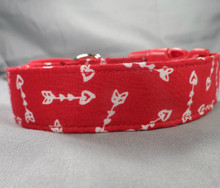 Hearts and Arrows Valentine's Dog Collar www.rescuemecollars.com