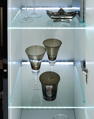 glass-shelves-lighting8.jpg