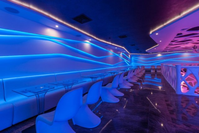 led-light-strip-for-cafe-decor.jpg
