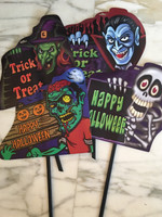 Haloween trick or treat sign