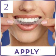 Dán miếng dán trắng răng Crest 3D White