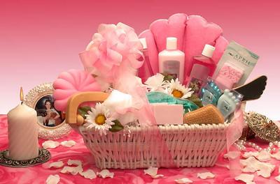 Lovely Diva Spa Gift Basket for Women