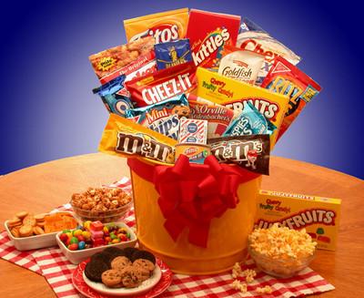 Ready Set Munch Snack Basket