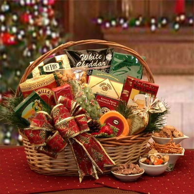 Beautiful Bounty Christmas Gift Basket