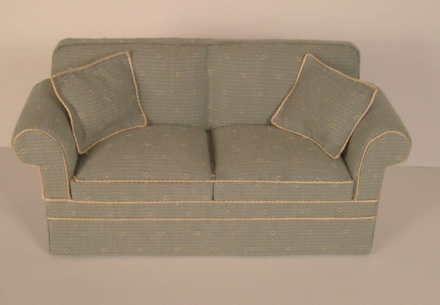 do i have a square cushion or t-cushion sofa  chair or loveseat