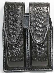Gould & Goodrich Leather Basketweave Magazine Pouch holds (2) double stack .45 acp magazines. This pouch has hidden snaps.