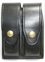 Gould & Goodrich Leather Magazine Pouch holds (2) single stack magazines. This pouch has brass snaps.