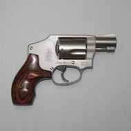 This is a Smith & Wesson 642 Lady Smith, .38 special revolver with satin stainless finish and a 5 shot capacity, with internal lock,USED.